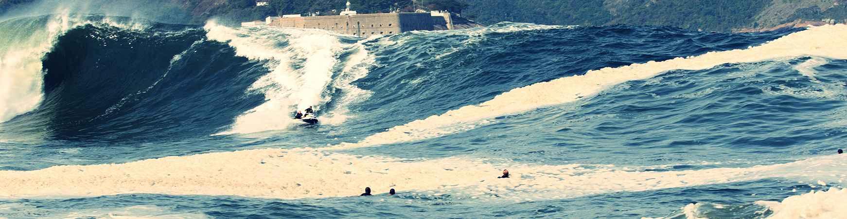 Bigwave bodysurf com jetski